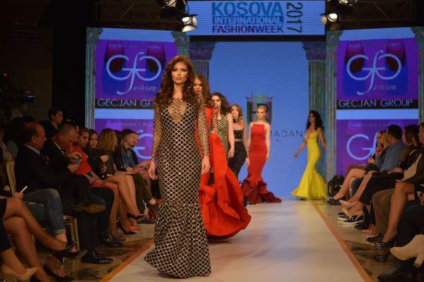 Kosova Fashion Week 2017'de Türk rüzgarı esti