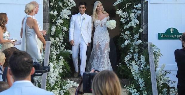 Devon Windsor ile Johnny Barbara'dan 3 gün 3 gece düğün