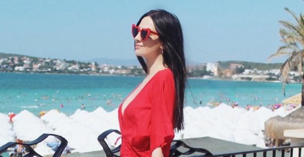 Monica Belluci'ye olan benzerliğiyle anılan Zilan Duru Çeşme tatilinde görüntülendi.