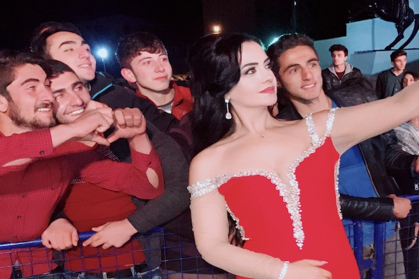 Aysun Kaya'ya soğuk işlemedi Eksi 5 derecede konser