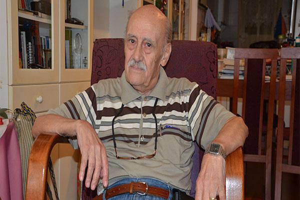 Agora Meyhanesi adlı şarkının söz yazarı Onur Şenli vefat etti