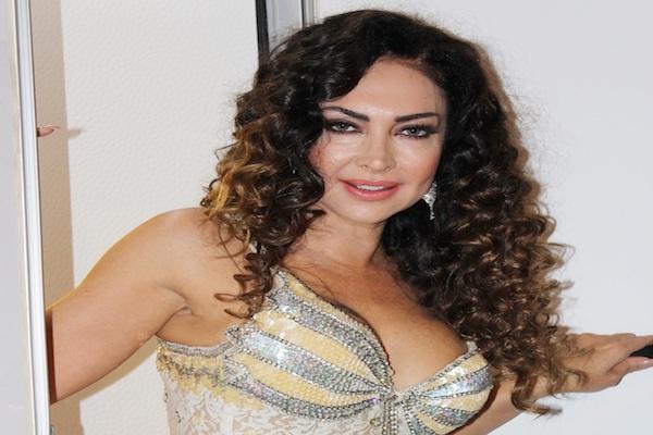 Reyhan Cansu Adam mısın Sen isimli single ile dikkatleri çekti
