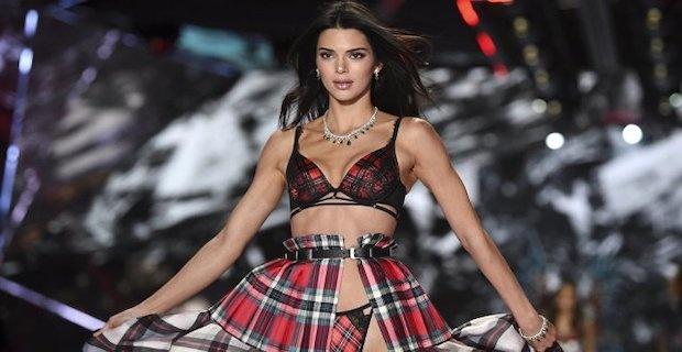 Cesur Model Kendall Jenner'ın Kazancı Dudak Uçuklattı