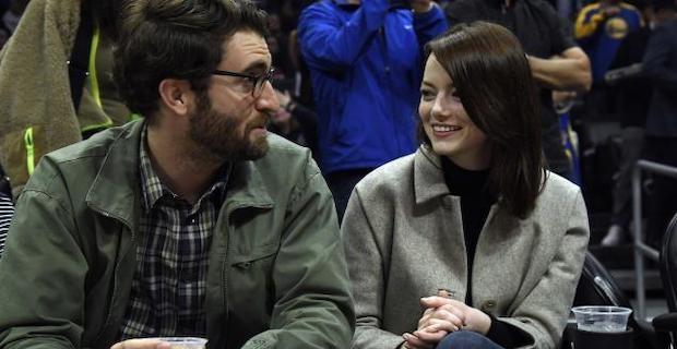 Emma Stone ile Dave McCary nişanlandı