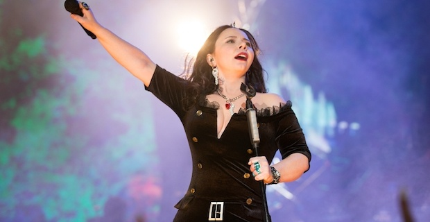 İlk büyük konseri 2020'de Şebnem Ferah'tan