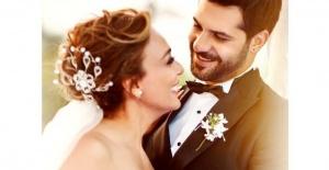 Şarkıcı Ziynet Sali, gitarist Erkan Erzurumlu ile evlendi