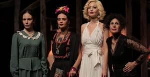 Çolpan İlhan ve Sadri Alışık tiyatrosu Türkiye'yi Gezecek