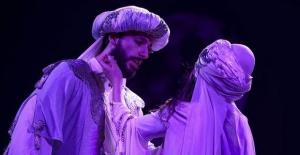 Mecnun'un Leyla'ya aşkı tiyatro sahnesinde bir kez daha hayat bulacak