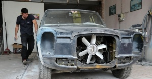 Aracını Türkiye'de boyatmak için binlerce kilometre yaptı