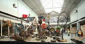 Brüksel'de eski garaj müze oldu