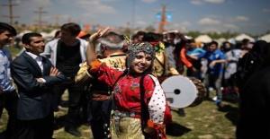 """Katar'ın simgesi """"Şahinler"""" Etnospor Kültür Festivali'nde"""