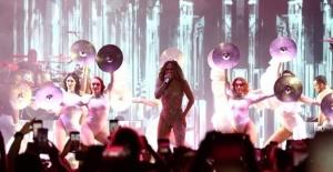Kim Kardashian, özel davetli olduğu Jennifer Lopez'in konserine katılmadı