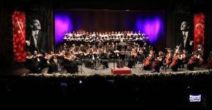 Koronavirüs nedeniyle 4 ülke 'Uzak ama birlikte sanat' konseri düzenleyecek