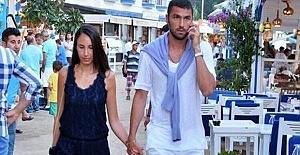 Burak Yılmaz eski eşi İstem Atilla ile yeniden evleniyor