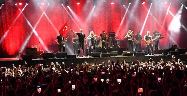 İstanbul'un Yeni Buluşma Noktası Vadi Açıkhava'da Haluk Levent Fırtınası