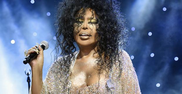 Konser anlaşmaları tatili iptal ettirdi, Diva 72 konser anlaşması yaptı