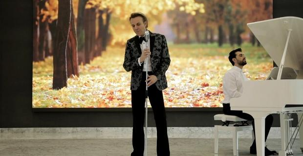 Soner Arıca proje albümündeki 10 şarkıya 10 video klip çekti